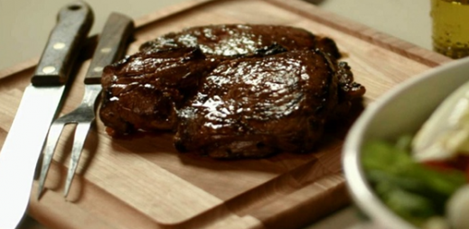 Prime Rump Steak with Extra Virgin Olive Oil & Spices